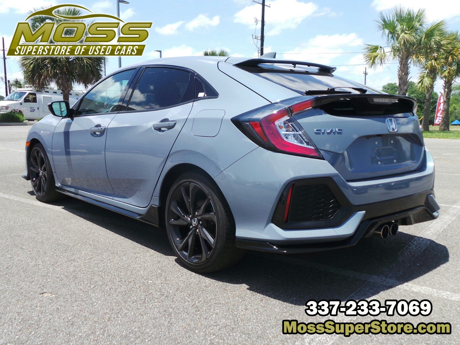 Pre-Owned 2017 Honda Civic Hatchback Sport Touring